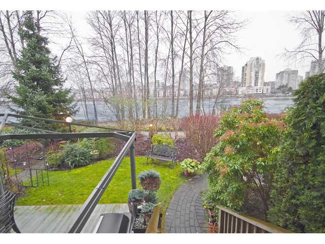 "Photo 2: # 9 89 STAR CR in New Westminster: Queensborough Condo for sale in ""The Residences by the River"" : MLS(r) # V953458"