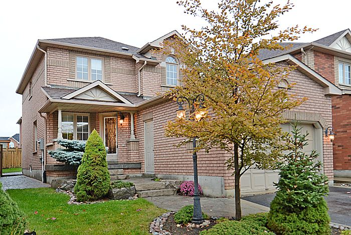 Main Photo: 51 National Crest in Brampton: Snelgrove House (2-Storey) for sale : MLS® # W2910714