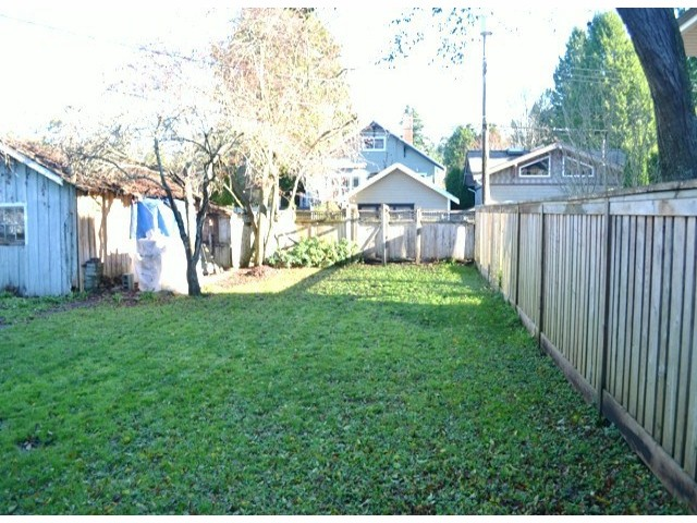 "Photo 4: 2694 MCBRIDE Avenue in Surrey: Crescent Bch Ocean Pk. House for sale in ""CRESCENT BEACH"" (South Surrey White Rock)  : MLS® # F1427486"