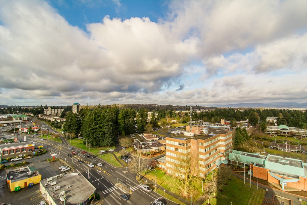 "Photo 35: 1601 32330 S FRASER Way in Abbotsford: Abbotsford West Condo for sale in ""Town Centre Tower"" : MLS® # F1430127"