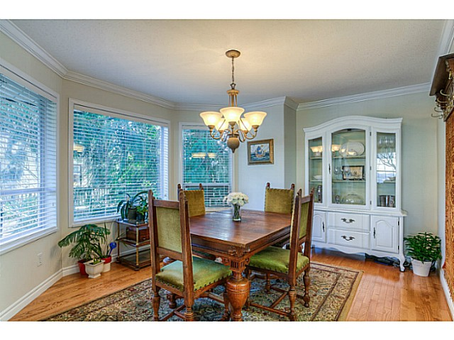 Photo 8: 15070 81ST Avenue in Surrey: Bear Creek Green Timbers House for sale : MLS(r) # F1433211