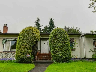"Main Photo: 7062 MARGUERITE Street in Vancouver: South Granville House for sale in ""SOUTH GRANVILLE"" (Vancouver West)  : MLS® # V1141696"
