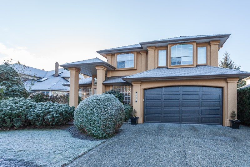 Main Photo: 14444 18A Avenue in Surrey: Sunnyside Park Surrey House for sale (South Surrey White Rock)  : MLS® # R2018245