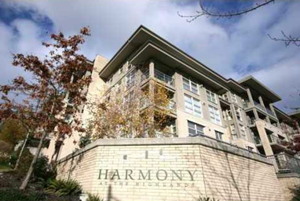 "Main Photo: 308 9339 UNIVERSITY Crescent in Burnaby: Simon Fraser Univer. Condo for sale in ""HARMONY"" (Burnaby North)  : MLS® # R2081349"