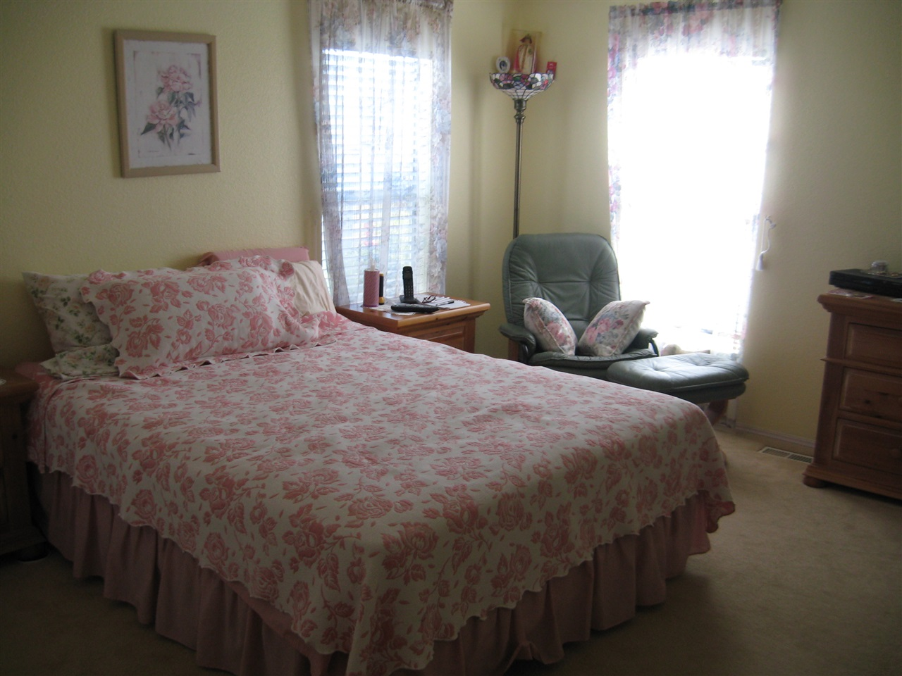 Photo 5: OCEANSIDE Manufactured Home for sale : 3 bedrooms : 4616 N River Road #40