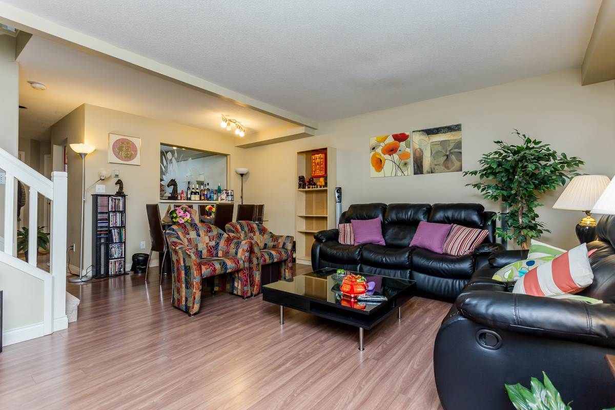 "Photo 7: 2 10080 KILBY Drive in Richmond: West Cambie Townhouse for sale in ""Savoy Gardens"" : MLS® # R2084135"
