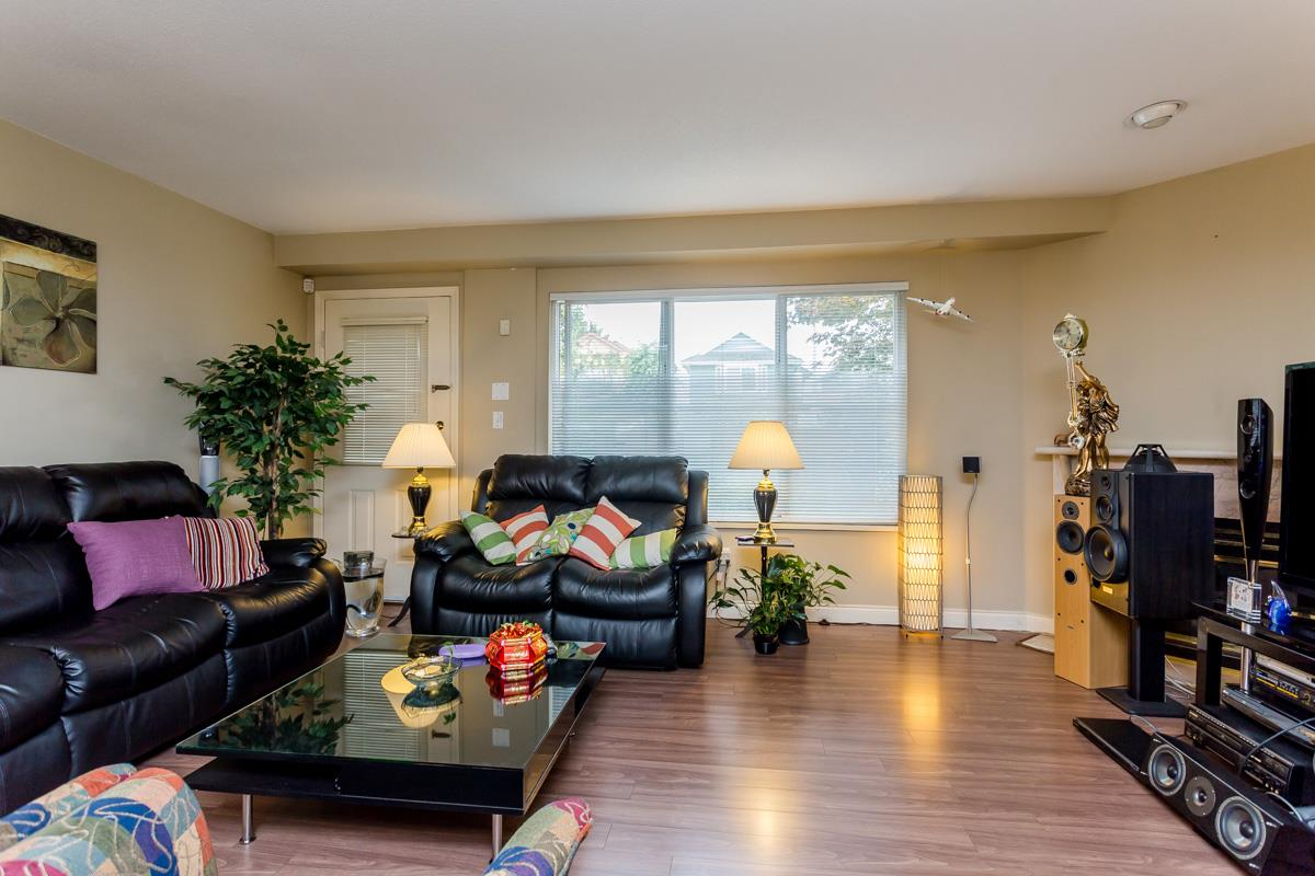 "Photo 9: 2 10080 KILBY Drive in Richmond: West Cambie Townhouse for sale in ""Savoy Gardens"" : MLS® # R2084135"