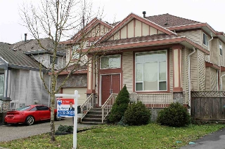 Main Photo: 7127 148A Street in Surrey: East Newton House for sale : MLS(r) # R2147816