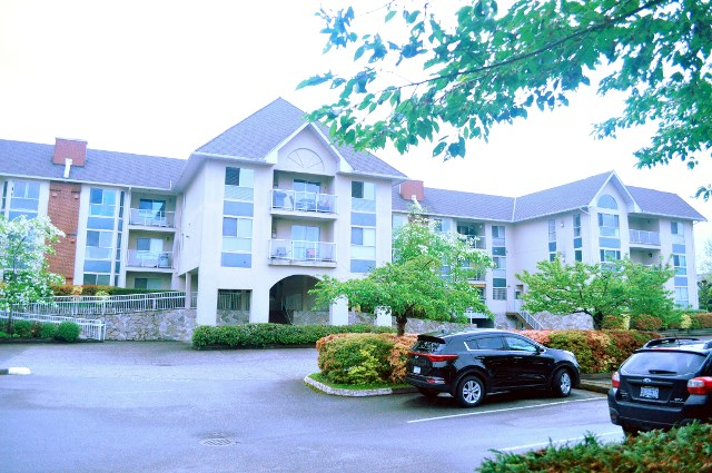 "Main Photo: 208 19835 64TH Avenue in Langley: Willoughby Heights Condo for sale in ""WILLOWBROOK GATE"" : MLS® # R2162467"