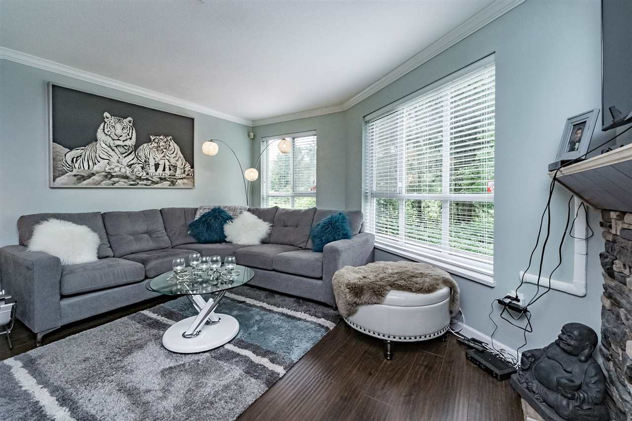 "Photo 5: 107 2559 PARKVIEW Lane in Port Coquitlam: Central Pt Coquitlam Condo for sale in ""THE CRESCENT ON REEVE CREEK"" : MLS® # R2169210"