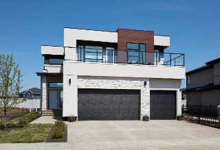 Main Photo: 3163 CAMERON HEIGHTS Way in Edmonton: Zone 20 House for sale : MLS(r) # E4068147