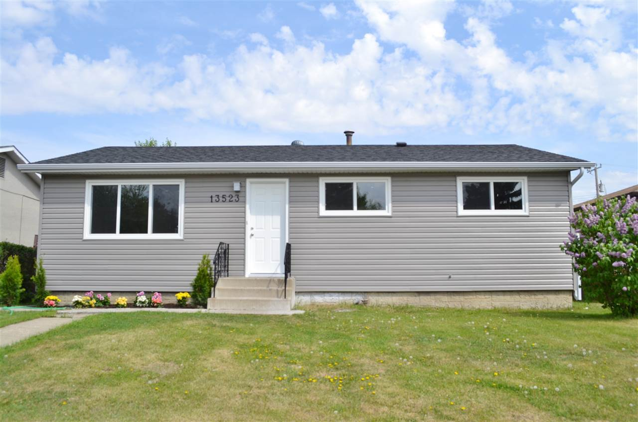 Main Photo: 13523 74 Street in Edmonton: Zone 02 House for sale : MLS(r) # E4069111