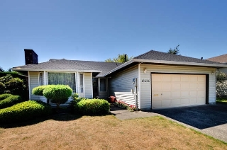 Main Photo: 15506 19 Avenue in Surrey: King George Corridor House for sale (South Surrey White Rock)  : MLS® # R2200836