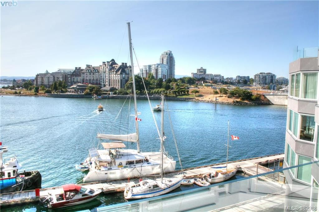 FEATURED LISTING: 300 - 1234 Wharf St VICTORIA