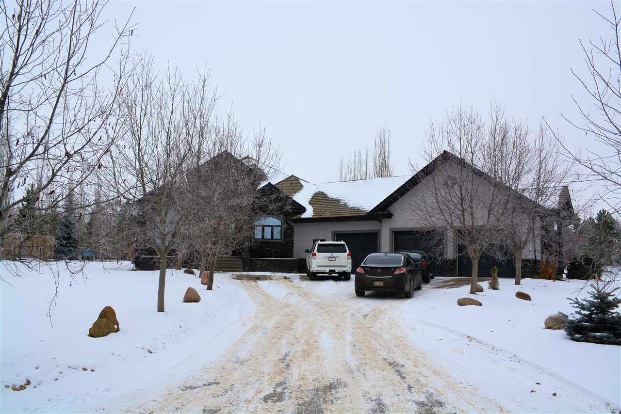 Main Photo: 94 Riverstone Drive: Rural Sturgeon County House for sale : MLS® # E4085346