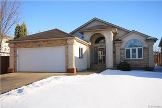 Main Photo: 205 Barlow Crescent in Winnipeg: River Park South Residential for sale (2F)  : MLS® # 1729915