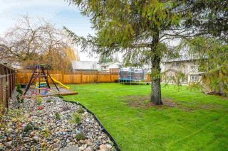 "Main Photo: 6218 MORGAN Place in Surrey: Cloverdale BC House for sale in ""Cloverdale"" (Cloverdale)  : MLS® # R2226112"