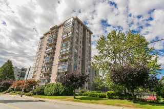 Main Photo: 1104 555 13TH STREET in West Vancouver: Ambleside Condo for sale : MLS®# R2222170