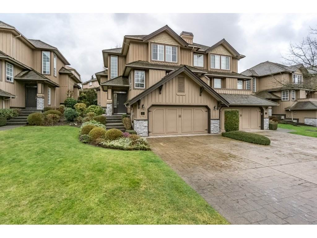 "Main Photo: 107 15350 SEQUOIA Drive in Surrey: Fleetwood Tynehead Townhouse for sale in ""The Village of Sequoia Ridge"" : MLS® # R2237918"