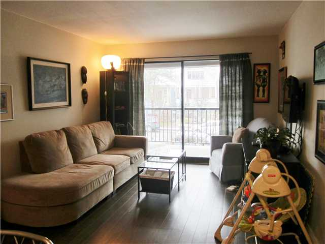 "Photo 3: 305 2045 FRANKLIN Street in Vancouver: Hastings Condo for sale in ""Harbour Mount"" (Vancouver East)  : MLS(r) # V1049198"