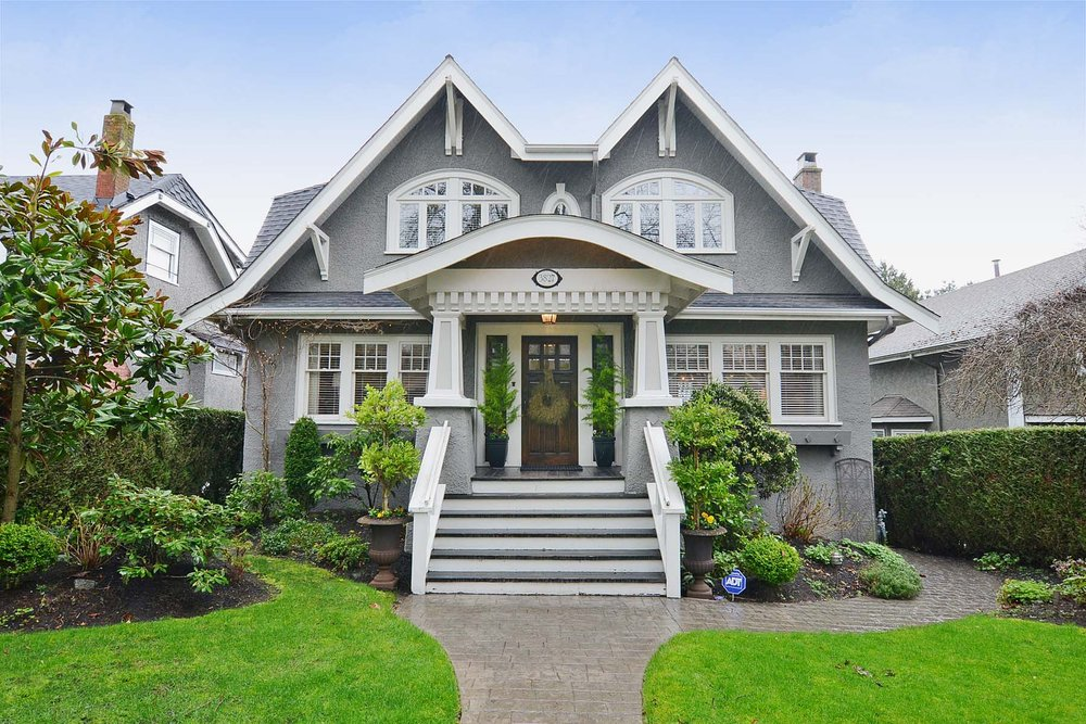 Main Photo: 3827 West 15th Avenue in Vancouver: Point Grey Home for sale ()  : MLS® # V996200