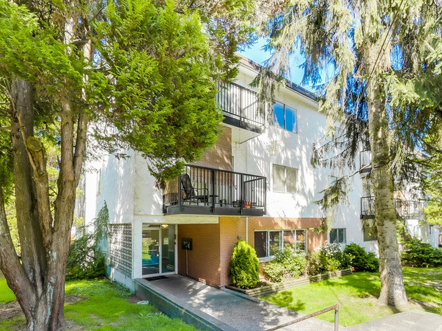Main Photo: 55 2002 ST JOHNS Street in Port Moody: Port Moody Centre Condo for sale : MLS® # V1114644