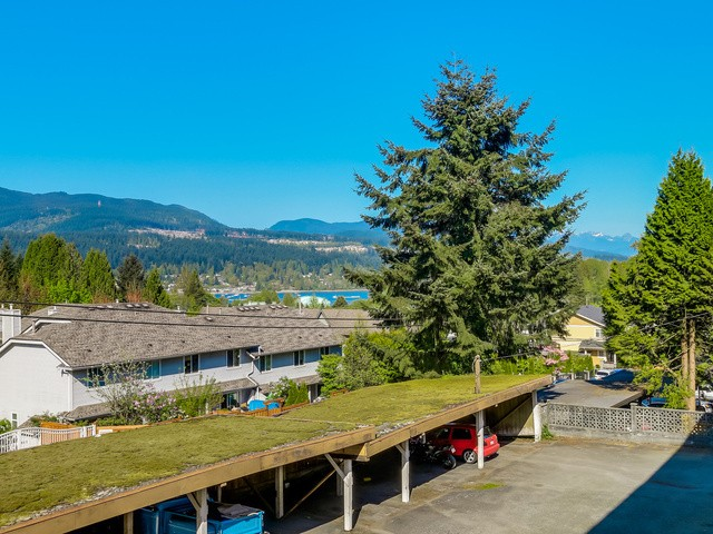 Photo 4: 55 2002 ST JOHNS Street in Port Moody: Port Moody Centre Condo for sale : MLS® # V1114644