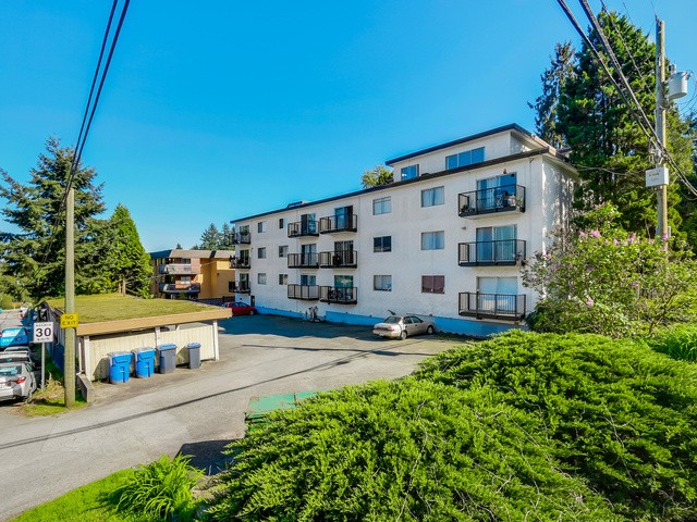 Photo 2: 55 2002 ST JOHNS Street in Port Moody: Port Moody Centre Condo for sale : MLS® # V1114644