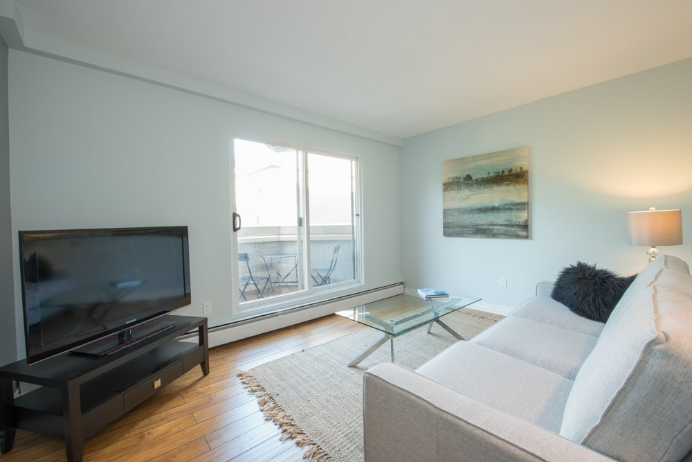 "Photo 6: 38 870 W 7 Avenue in Vancouver: Fairview VW Townhouse for sale in ""LAUREL COURT"" (Vancouver West)  : MLS(r) # R2002810"