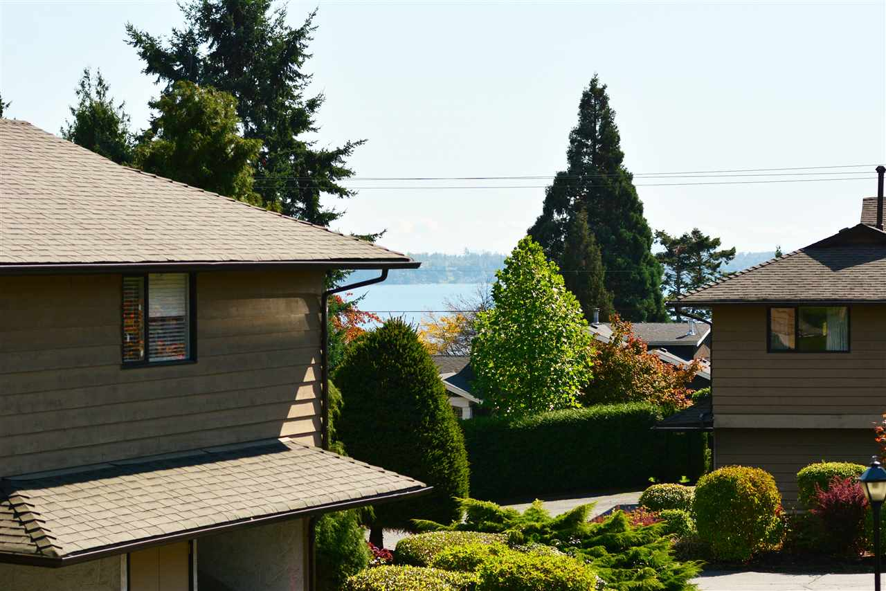 "Photo 13: 1426 NICHOL Road: White Rock Townhouse for sale in ""Ocean Ridge"" (South Surrey White Rock)  : MLS® # R2002297"