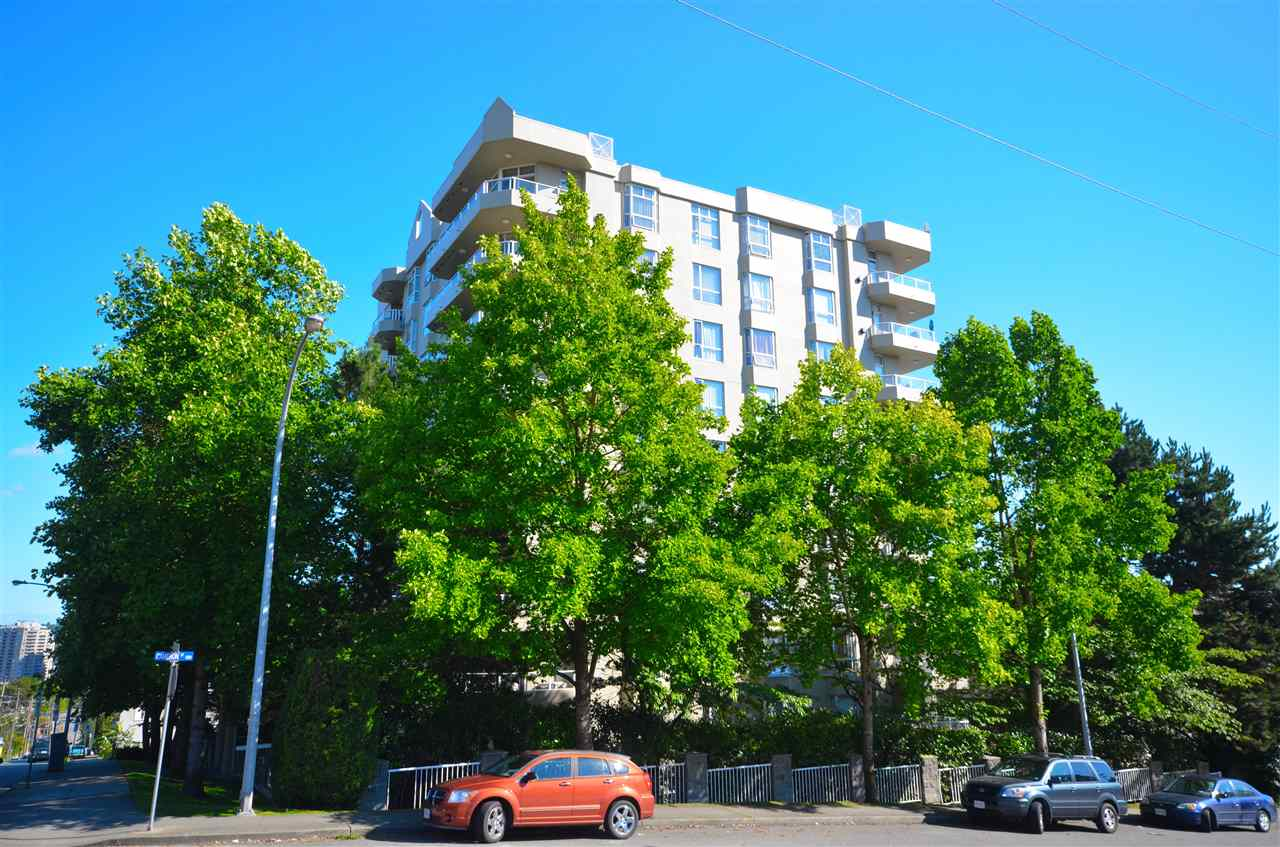 Main Photo: 303 412 TWELFTH Street in New Westminster: Uptown NW Condo for sale : MLS® # R2098890