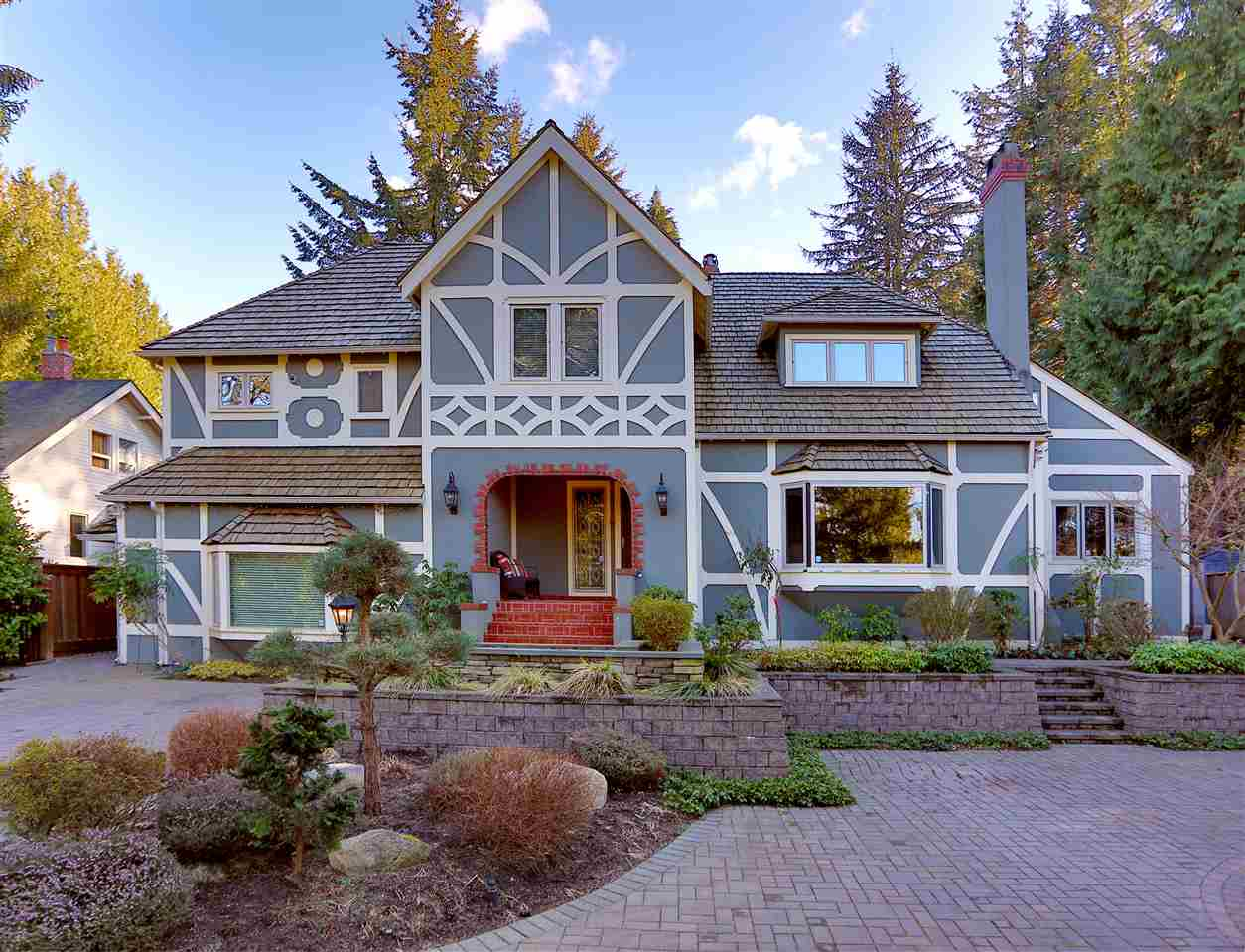 Main Photo: 4738 W 4TH Avenue in Vancouver: Point Grey House for sale (Vancouver West)  : MLS(r) # R2133880