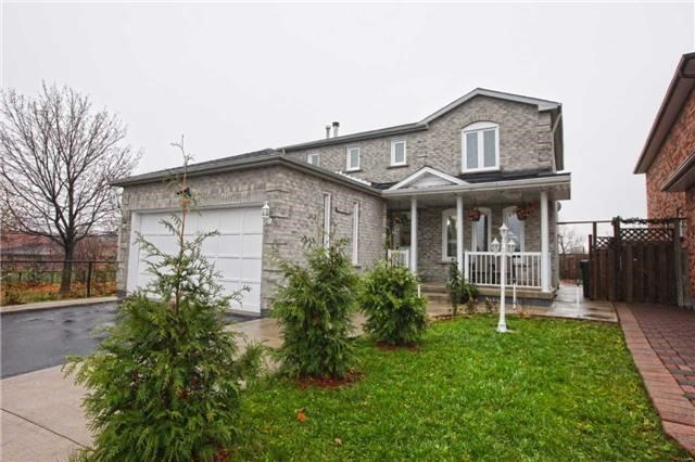 Main Photo: 42 Gatesgill Street in Brampton: Bram West House (2-Storey) for lease : MLS(r) # W3735683