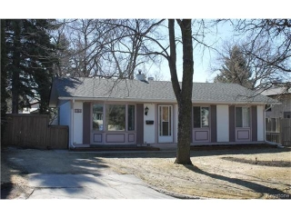 Main Photo: 102 Barrington Avenue in Winnipeg: Pulberry Residential for sale (2C)  : MLS® # 1707234