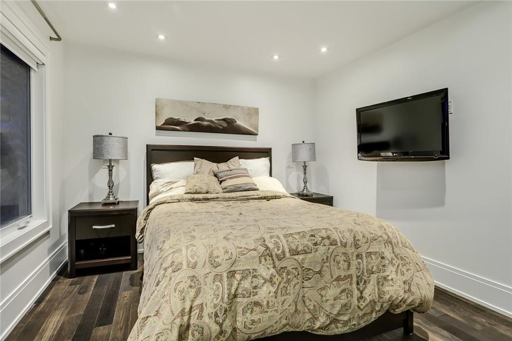 Photo 19: 2331 LINCOLN Drive SW in Calgary: North Glenmore Park House for sale : MLS® # C4109073