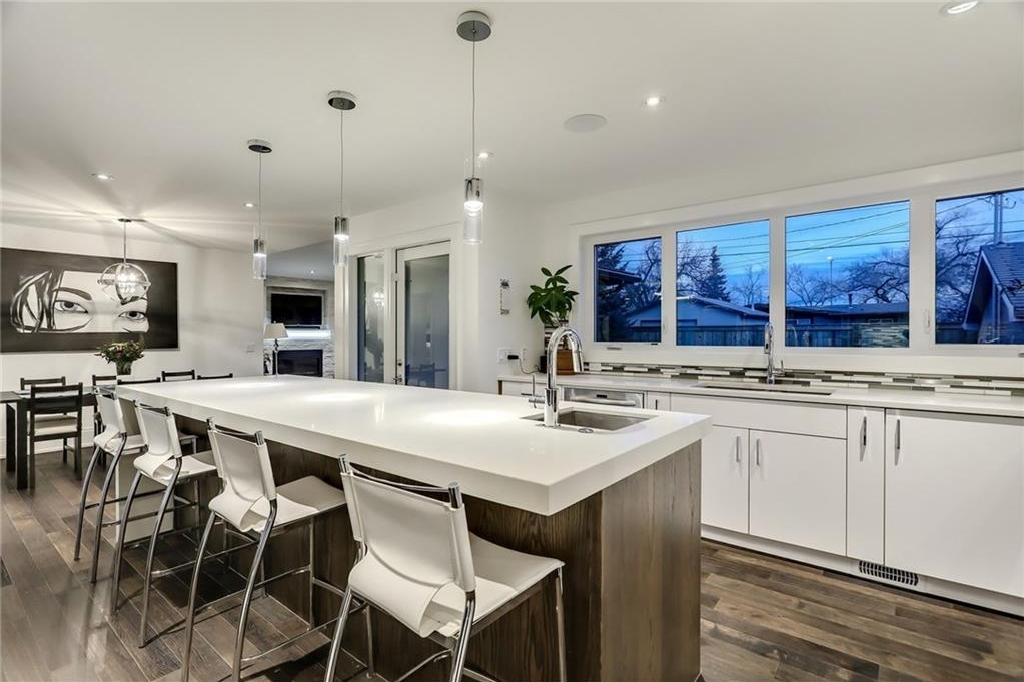 Photo 10: 2331 LINCOLN Drive SW in Calgary: North Glenmore Park House for sale : MLS® # C4109073