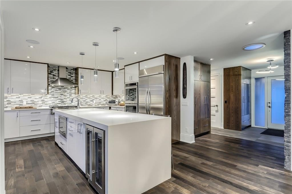 Photo 6: 2331 LINCOLN Drive SW in Calgary: North Glenmore Park House for sale : MLS® # C4109073