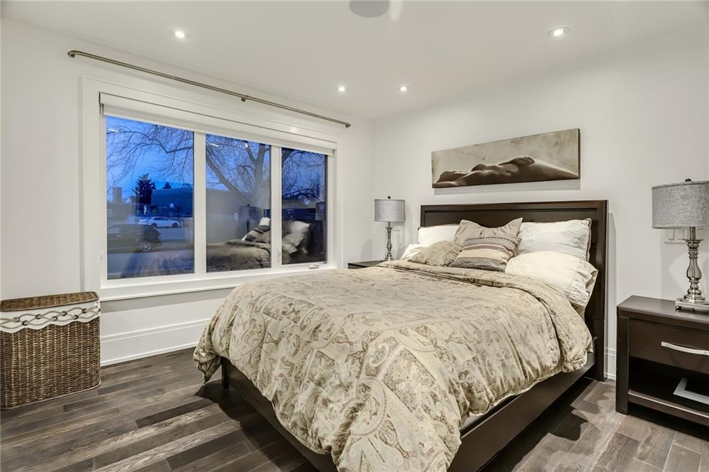 Photo 18: 2331 LINCOLN Drive SW in Calgary: North Glenmore Park House for sale : MLS® # C4109073