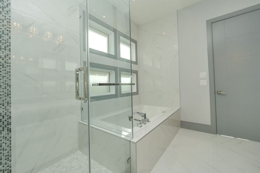 Ensuite on the main floor