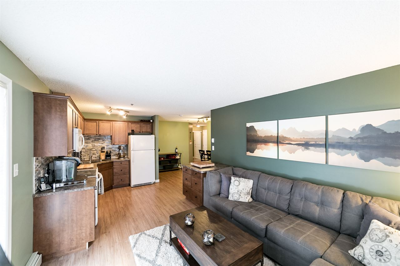 Photo 11: 108 2305 35A Avenue in Edmonton: Zone 30 Condo for sale : MLS(r) # E4059519