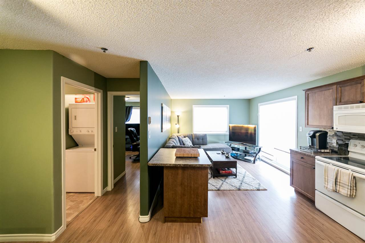 Photo 8: 108 2305 35A Avenue in Edmonton: Zone 30 Condo for sale : MLS(r) # E4059519