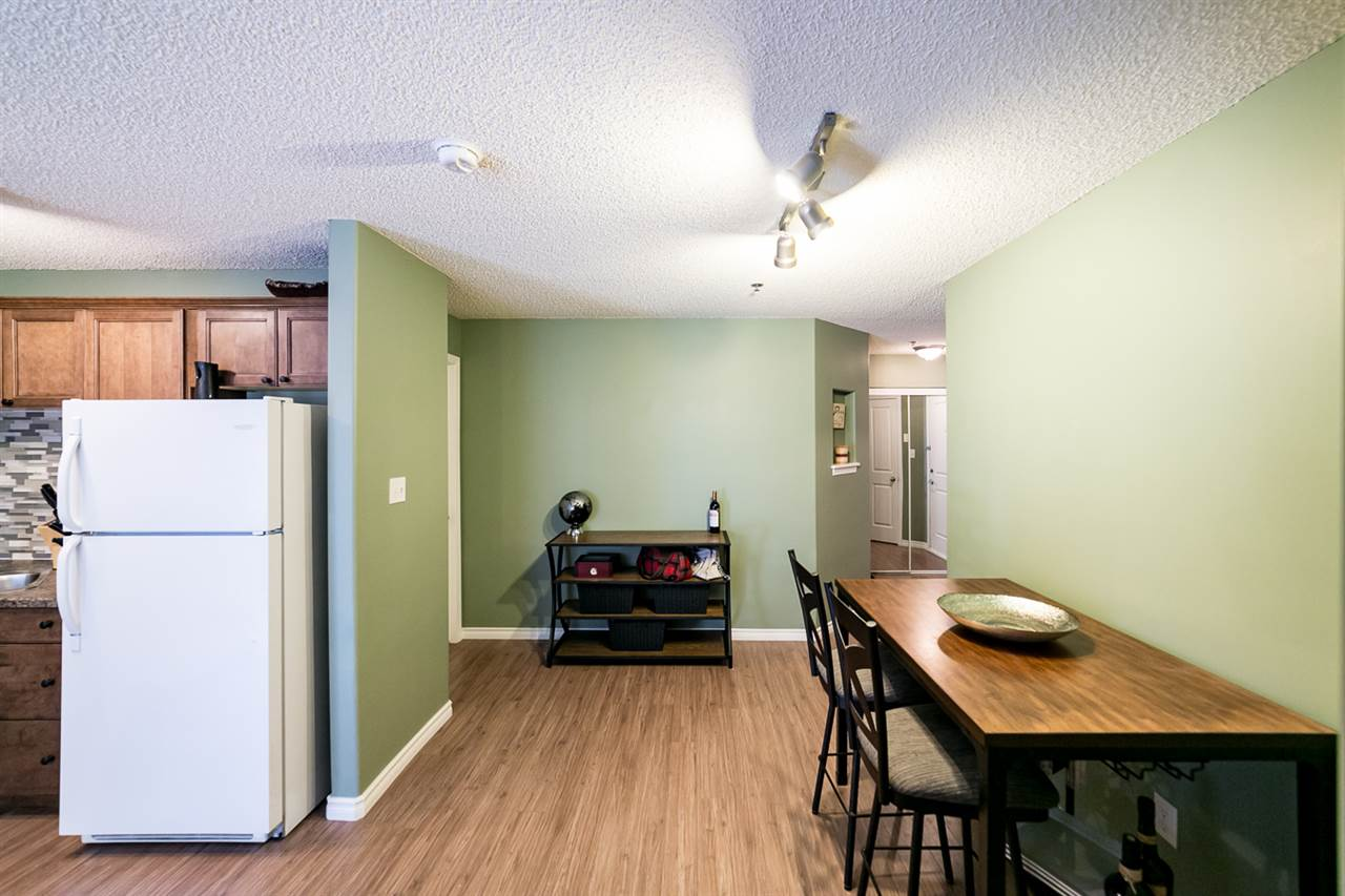 Photo 6: 108 2305 35A Avenue in Edmonton: Zone 30 Condo for sale : MLS(r) # E4059519