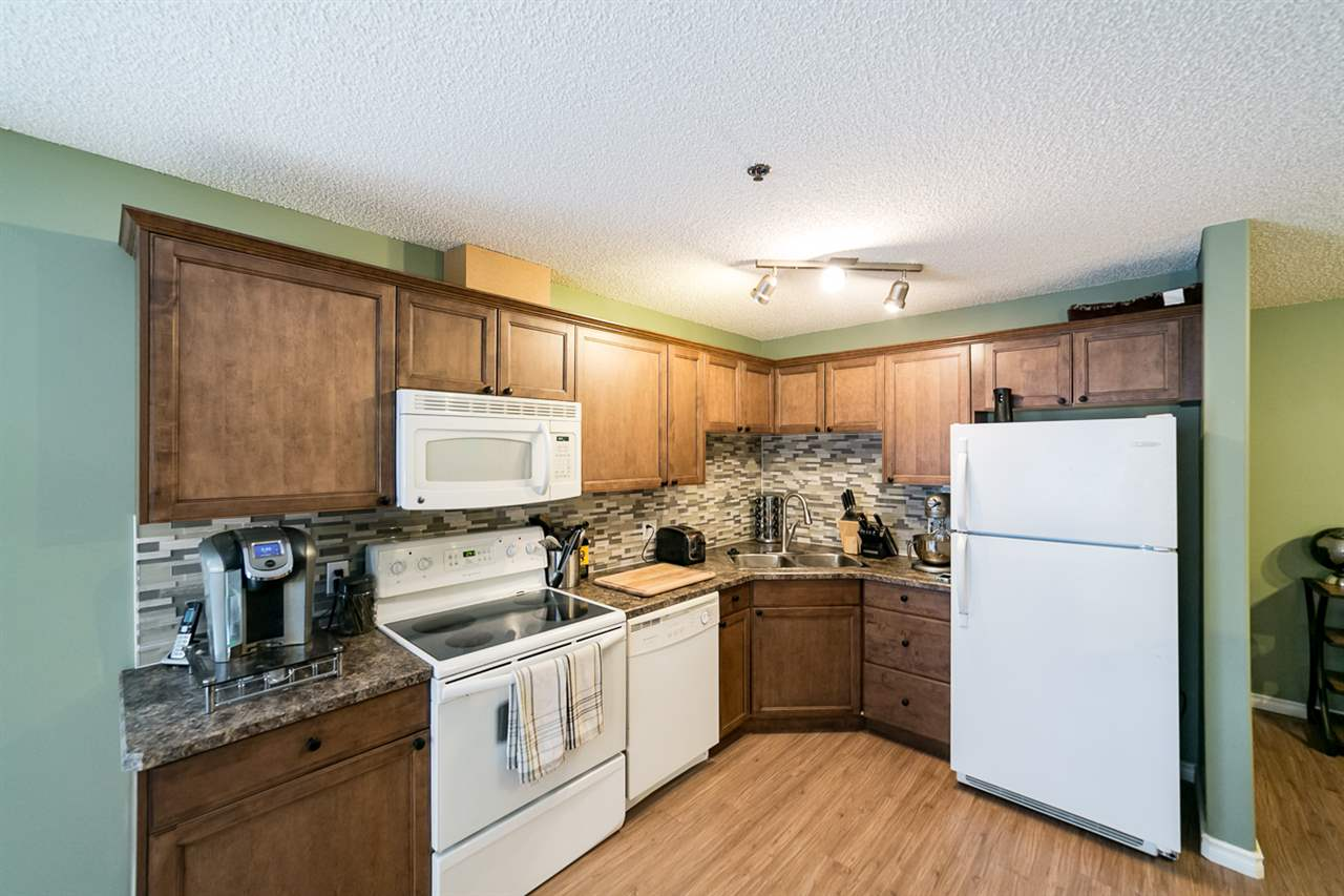 Photo 1: 108 2305 35A Avenue in Edmonton: Zone 30 Condo for sale : MLS(r) # E4059519