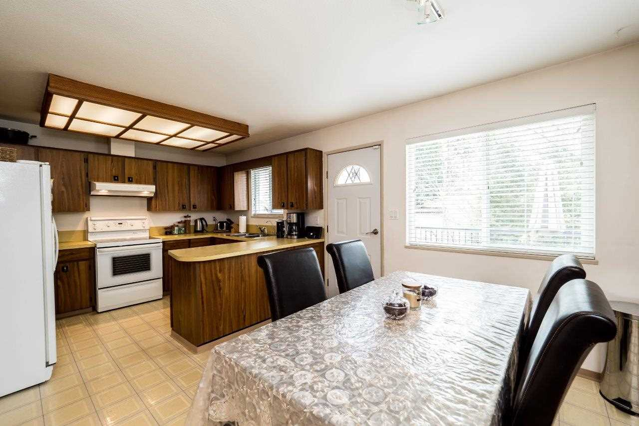 Photo 15: 2333 KIRKSTONE Road in North Vancouver: Westlynn House for sale : MLS(r) # R2156375