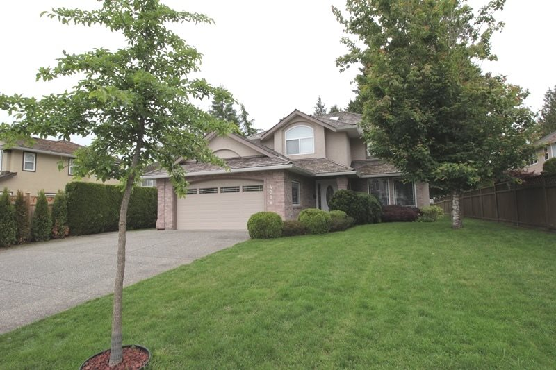 "Main Photo: 4318 210A Street in Langley: Brookswood Langley House for sale in ""Cedar Ridge"" : MLS®# R2178962"
