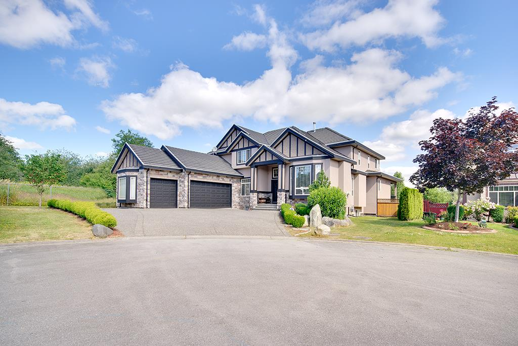 "Main Photo: 17101 85A Avenue in Surrey: Fleetwood Tynehead House for sale in ""WATERFORD ESTATES"" : MLS®# R2186512"