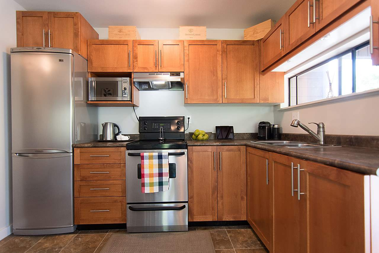 Upgraded Kitchen with Stainless Appliances.