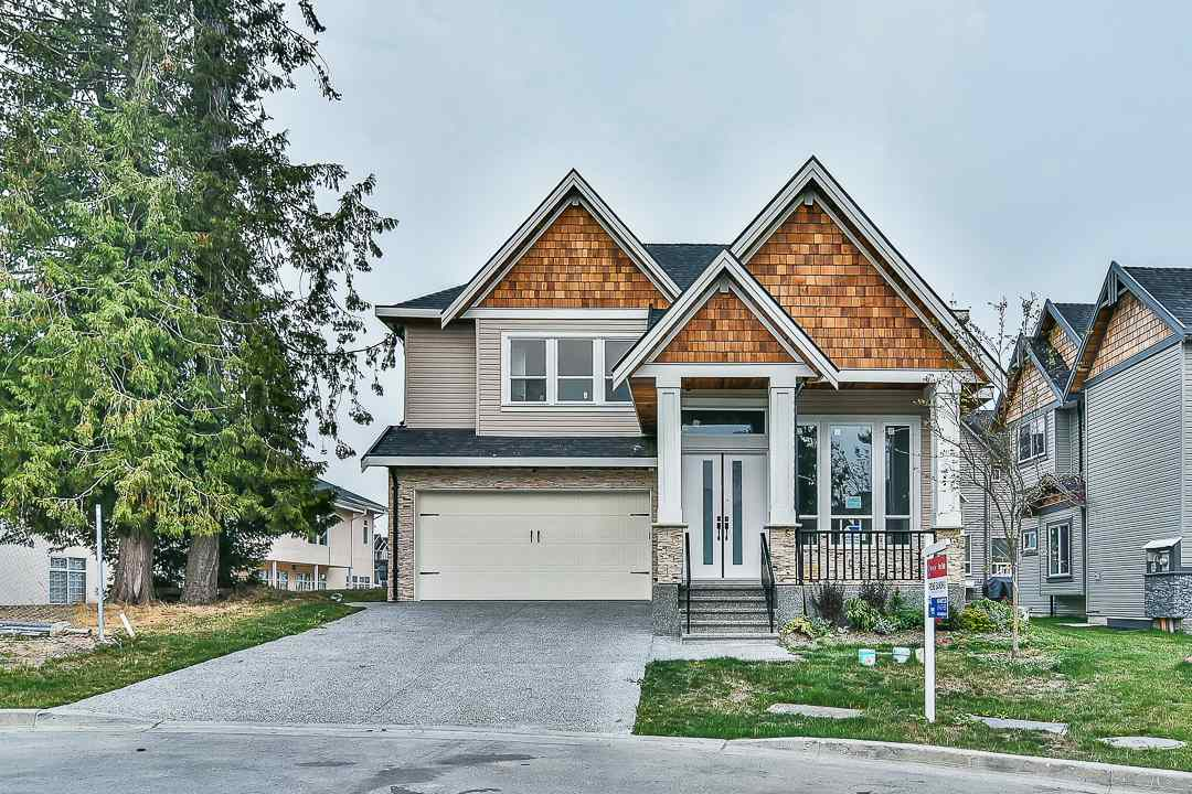 Main Photo: 5938 129B Street in Surrey: Panorama Ridge House for sale : MLS® # R2203769