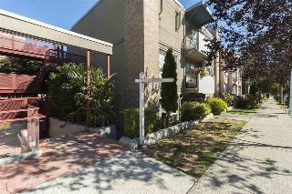 "Main Photo: 108 1195 W 8TH Avenue in Vancouver: Fairview VW Condo for sale in ""ALDER COURT"" (Vancouver West)  : MLS® # R2212011"