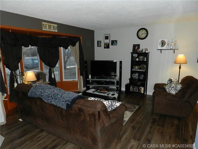 Main Photo: 5223 Lawton Avenue in Blackfalds: BS Downtown Residential for sale : MLS® # CA0034007